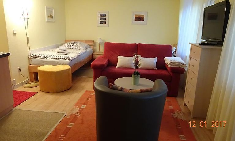 Studio Apartment Dusseldorf Dusseldorf Germany Lowest Booking Rates For Studio Apartment Dusseldorf In Dusseldorf
